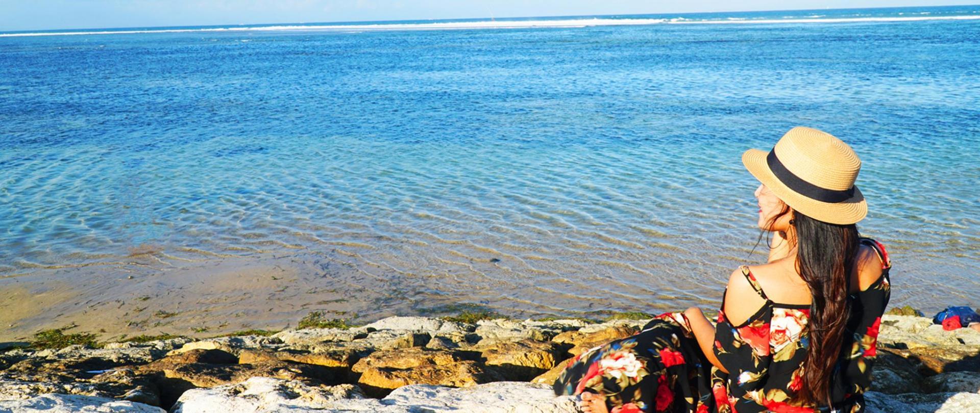 Sanur Beach bali.jpg